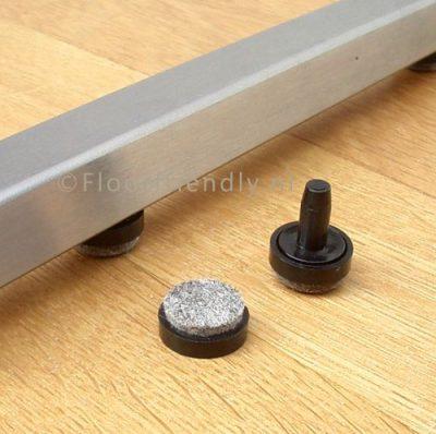 Viltdop vierkant buisframe en plat sledeframe - Floorfriendly.nl